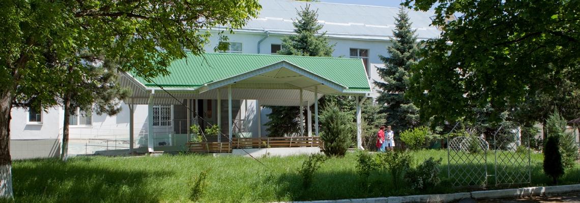 Главный вход нашего санатория